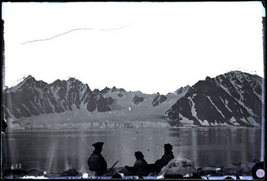 Smerenberg bay, vid Spetsbergen, den 18 juli 1873. Fotograf Axel Envall