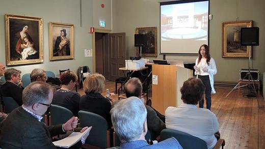 Evelina Wahlqvist, analytiker på Riksutställningar, presenterar studien. Foto: Njord Frölander/Riksutställningar