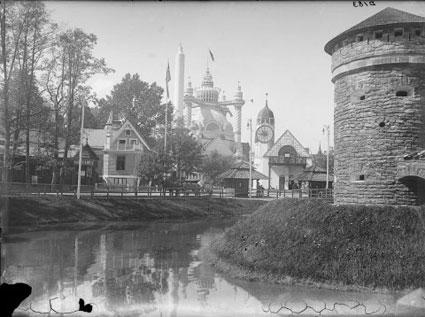Utsikt från Gamla Stockholm mot restaurangen Godthem sommaren 1897