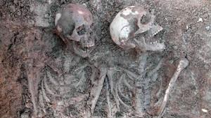 Skelett från S:t Larsgatan i Linköping. Foto: Emma Karlsson/Östergötlands museum