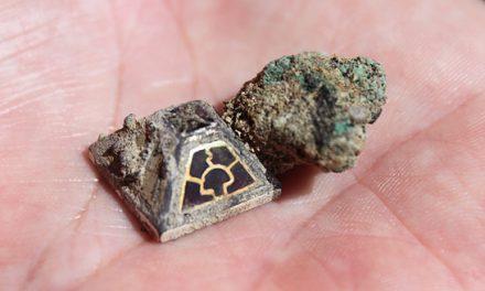Guld och granater i stormannagrav i Fyrislund