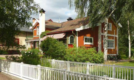 Carl Larsson-gården lånar till driften