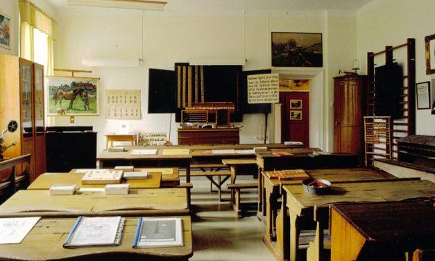 Nedläggningshotade Norrköpings skolmuseum lever vidare