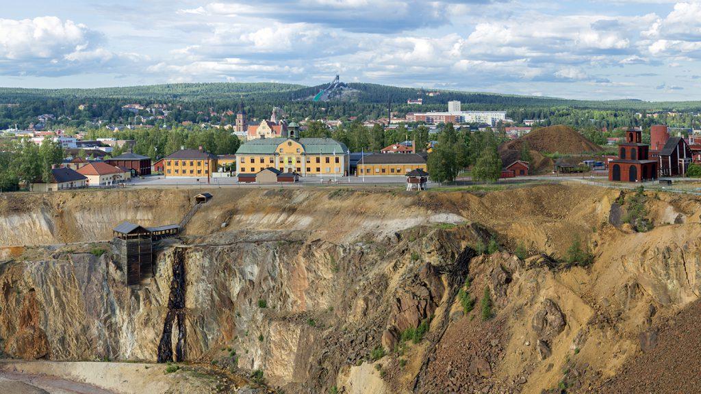 Vy över Stora Stöten och gruvområdet. Foto: Mostphotos