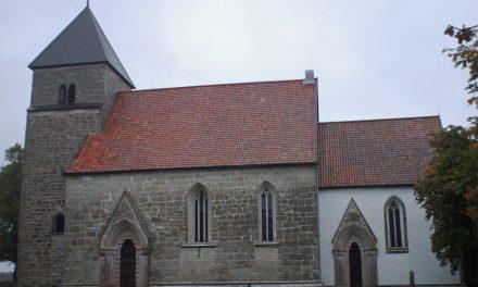 Grundmurarna från stenkyrka hittade i Hablingbo