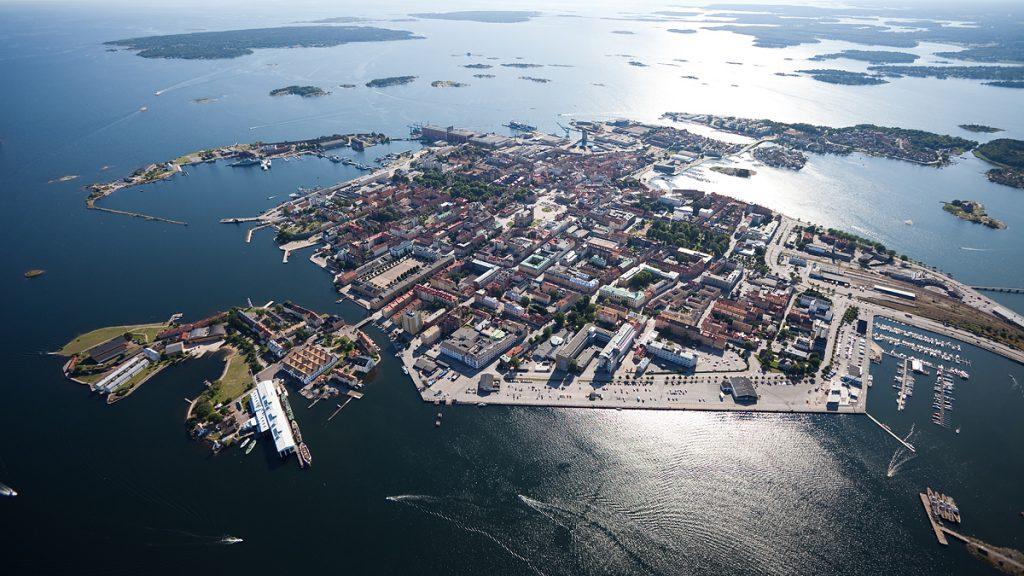Flygbild över Karlskrona. Foto: HeliAir Sweden / Visit Karlskrona