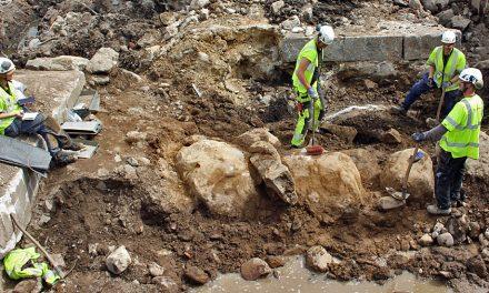 Arkeologer har hittat Gustav Vasas försvarsverk på Södra Slussplan