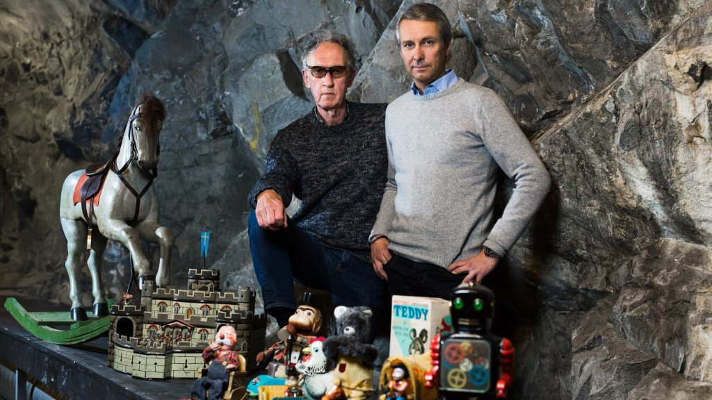 Peter Plunkty, svensk antikexpert och David von Schinkel, initiativtagare Bergrummet – Tidö Collection of Toys & Comics.