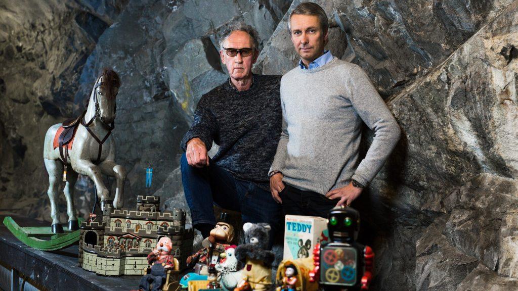 Peter Plunkty, svensk antikexpert och David von Schinkel, initiativtagare Bergrummet – Tidö Collection of Toys & Comics.