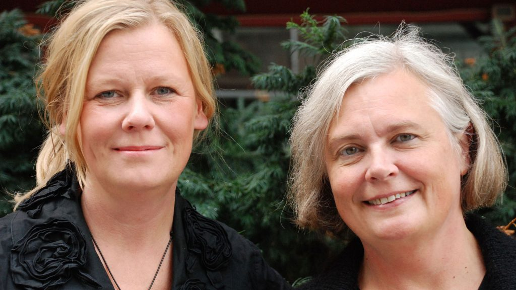 Gunilla Nordlund och Elisabeth Renström i Släktband. Foto: Patrik Renström/Sveriges Radio