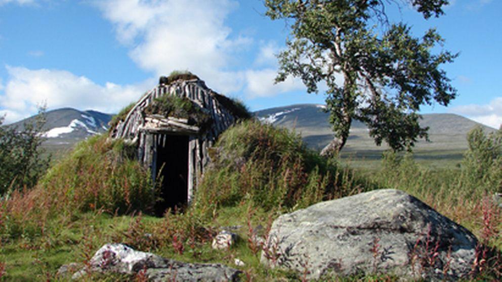 Samisk torvkåta i Pårek. Foto: Länsstyrelsen Norrbotten