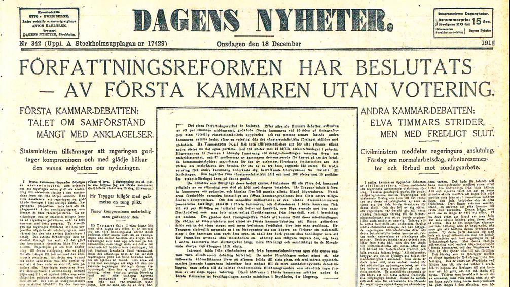 Dagens Nyheters förstasida den 18 december, dagen efter riksdagens beslut om allmän och lika rösträtt.