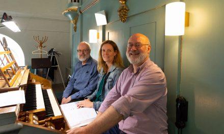 250 orglar får personligt besök