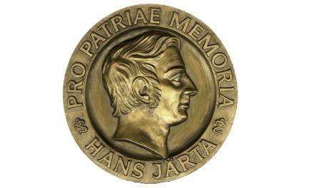 Hans Järtas medalj till tre pristagare