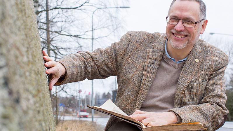 Henrik Williams, professor i nordiska språk vid Uppsala universitet. Foto: Mikael Wallerstedt