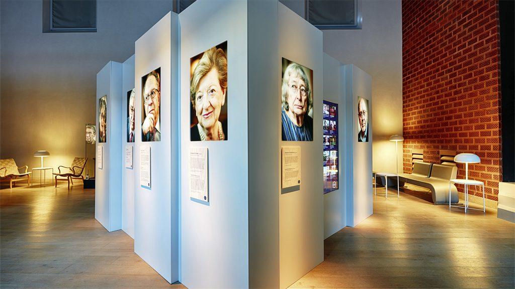 """Utställningen """"Förintelsens sista vittnen"""". Foto: Erik Lernestål/Statens historiska museer"""