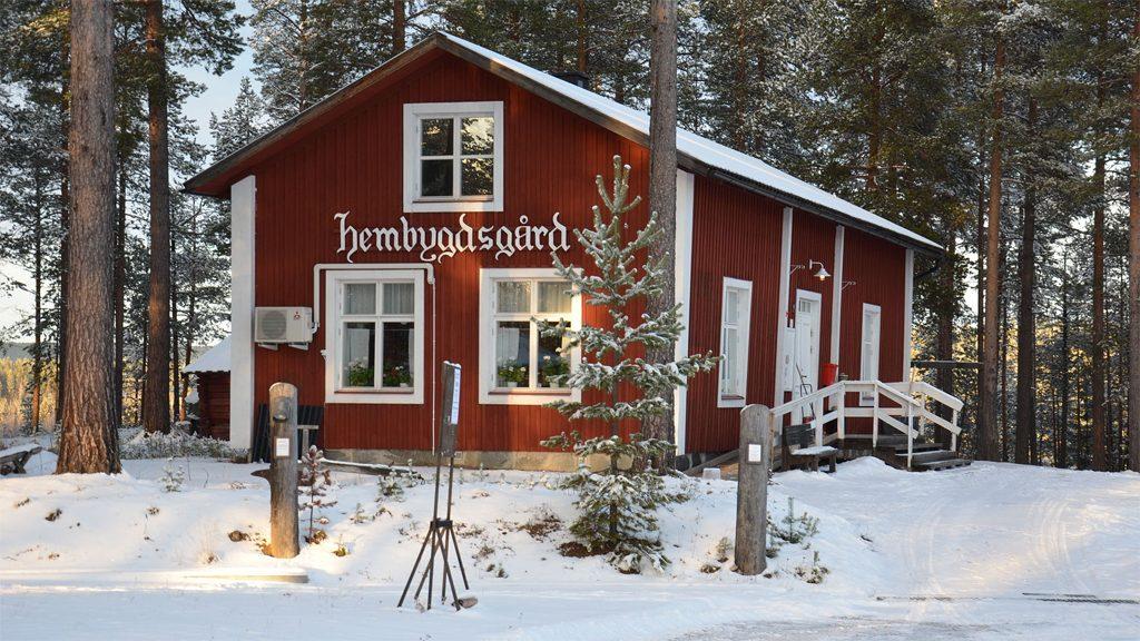 Vuollerims hembygdsgård. Foto: Bengt Oberger (Wikimedia Commons CC BY-SA 3.0)