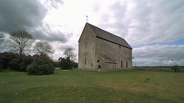 Källa gamla kyrka. Foto: Bengt A Lundberg (CCBY)