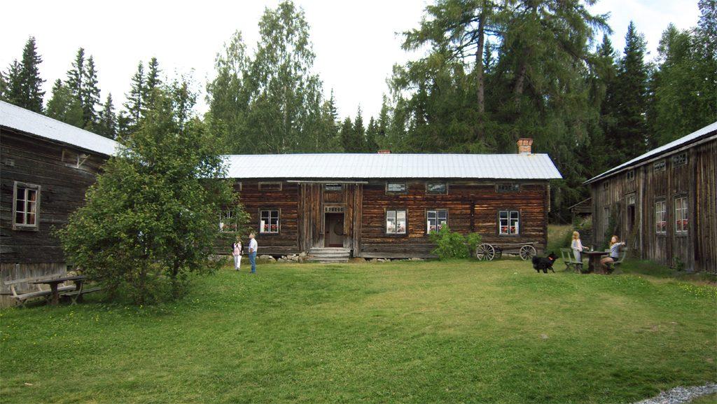 Ersk-Matsgården i Hälsingland. Foto: Zejo (Wikimedia Commons CC0)