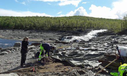 Kamp mot klockan för att hinna gräva ut samisk kyrkogård