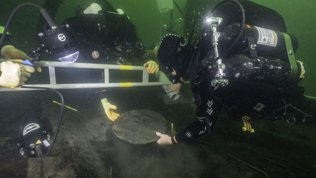 Dykningar i Gribshunden. Foto: Brett Seymour
