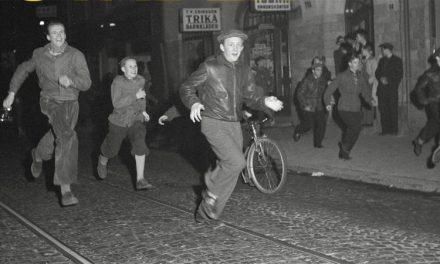Ungdomsupplopp och ungdomspolitik i efterkrigstidens Stockholm