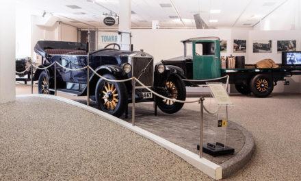 Volvos historia i nytt upplevelsecentrum