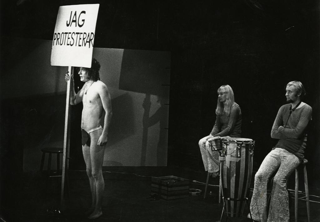 Föreställningsbild från Nationalteatern 1970. Okänd fotograf. Ur Göteborgs stadsmuseums arkiv