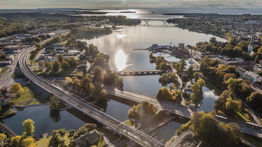 Utsikt över Motala ström och Vättern år 2103. Foto: Trafikverket