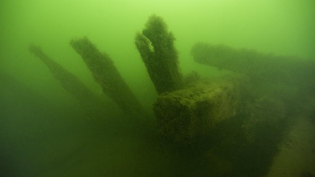 Däcksbalk från vrak vid Djupasund, Karlskrona. Foto: Jim Hansson/Vrak
