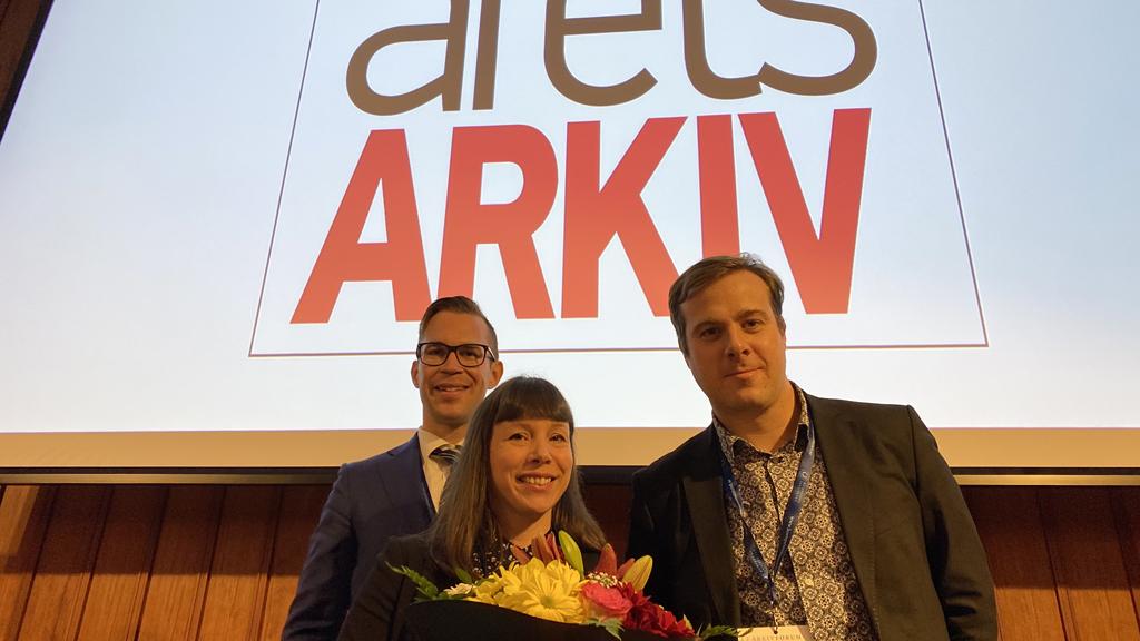 Prisutdelaren Niko Fastman tillsammans med Maria Jonsson och Johan Nordinge från Riksantikvarieämbetet. Foto: Kompetensinstitutet