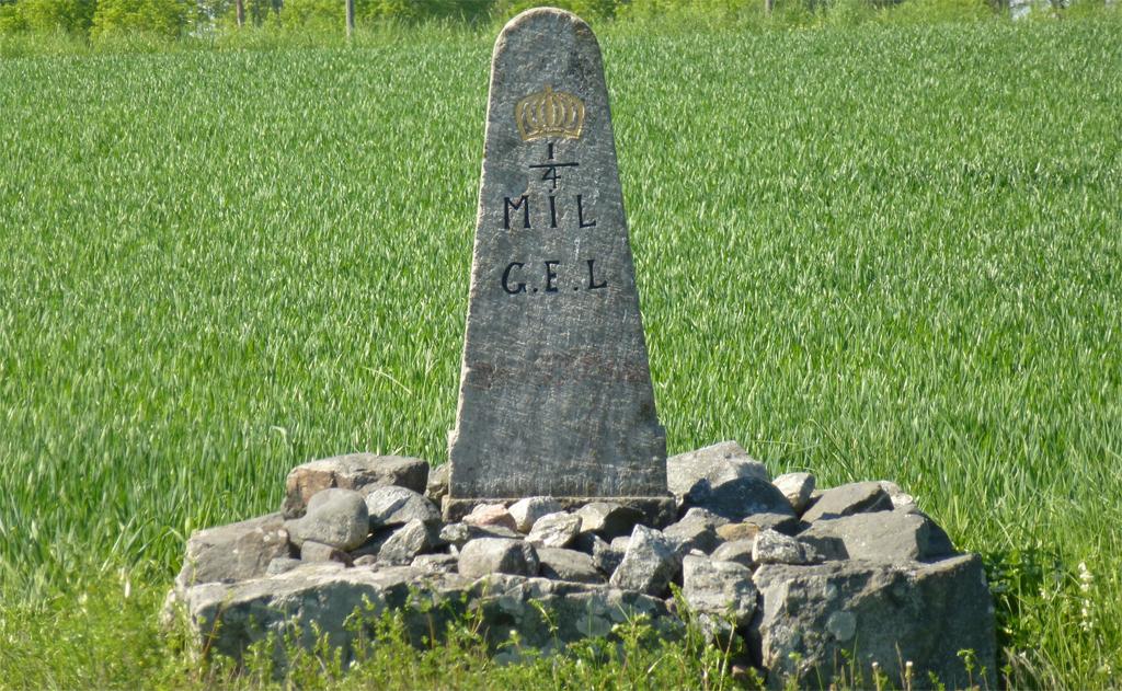 Milsten i Uppland. Foto: Holger.Ellgaard (Wikimedia Commons CC-BY-SA-3.0)